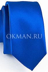 Узкий стильный галстук цвета электрик