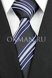 Мужской галстук черного цвета в косые сине-белые полосы