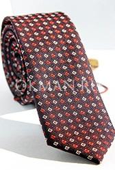 Модный галстук баклажанового цвета с ромбами