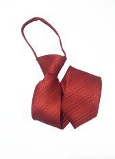 Детский красный галстук в полоску