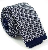Вязаный галстук темно-синий с геометрическим рисунком