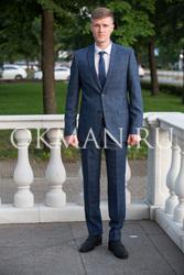 Приталенный мужской костюм темно-синего цвета в клетку Barkland Маркус