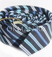 Фактурный синий галстук в полоску