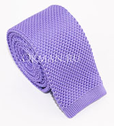 Вязаный галстук сиреневого цвета