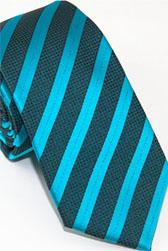 Модный галстук в полоску